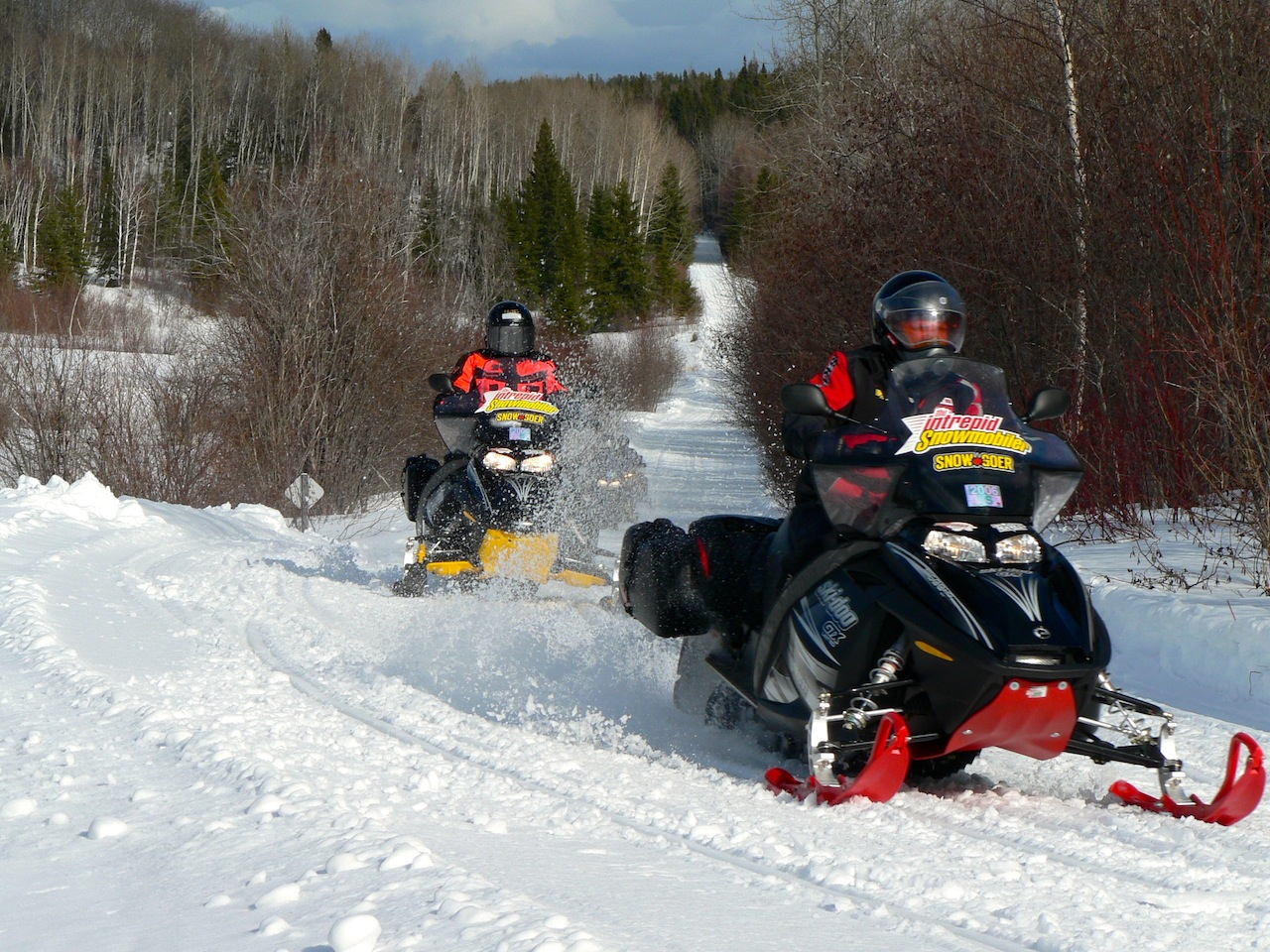 Snowmobile Northern Quebec Tour