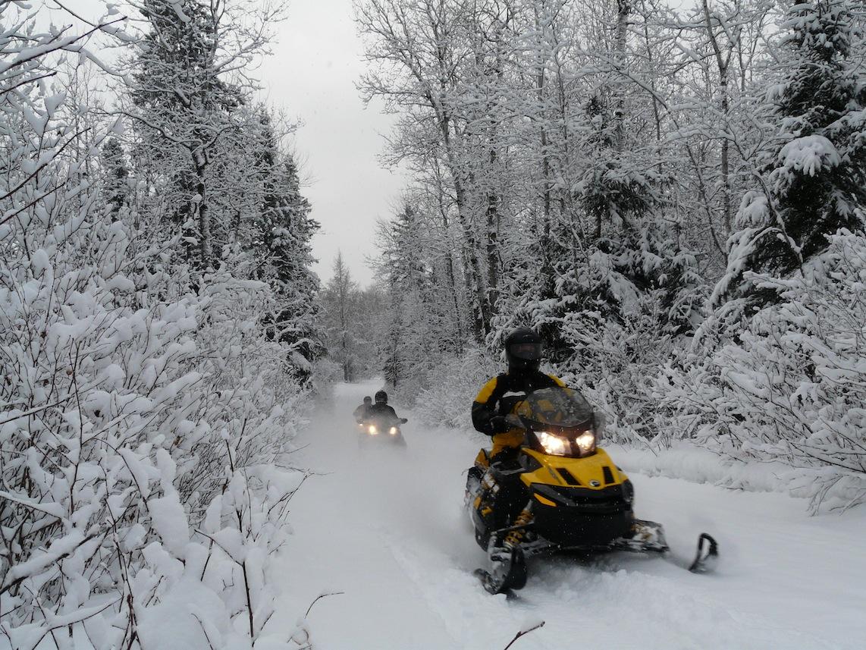 Snowmobile Manitoba Canada Tour Planner