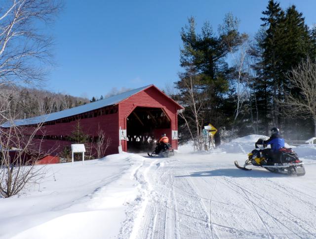 Snowmobile Outaouais Laurentians Quebec Tour