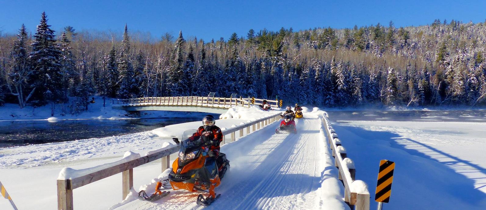 Snowmobile Lanaudiere Quebec Tour
