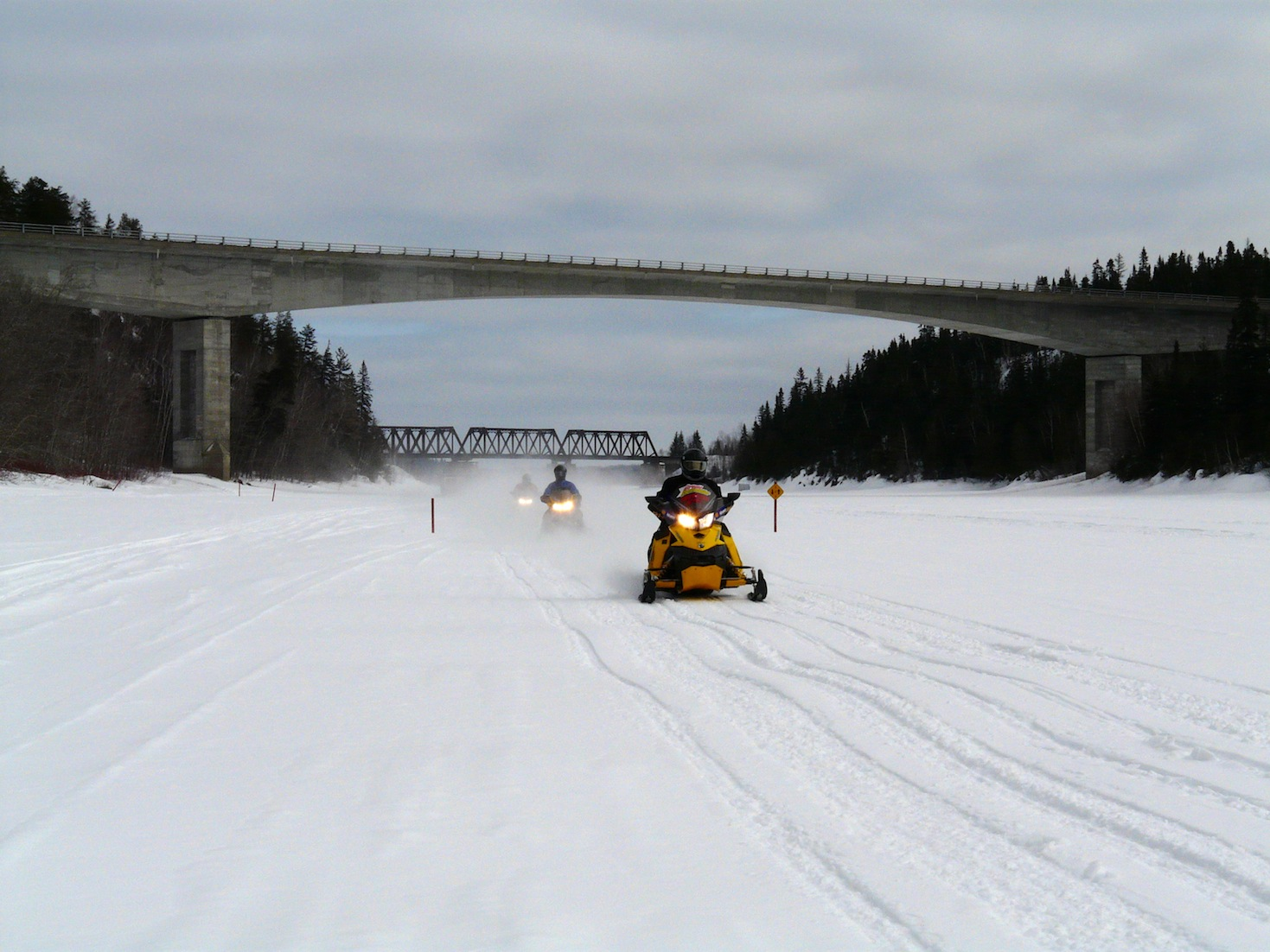 Snowmobiling Ice Best Safety Tips