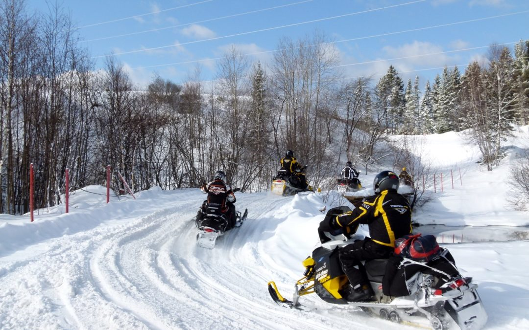 Quebec Snowmobile Destination Tour Planner